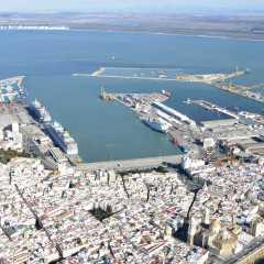 La naviera Fred. Olsen celebrará su 170 aniversario en Cádiz con el atraque simultáneo de 4 cruceros