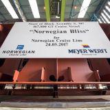 La ceremonia de colocación de la quilla del Norwegian Bliss se celebra en el astillero Meyer Werft en Alemania