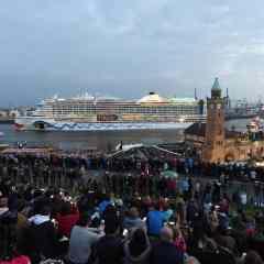 Hamburgo comienza la temporada con el Festival del Puerto y la llegada del MSC Preziosa