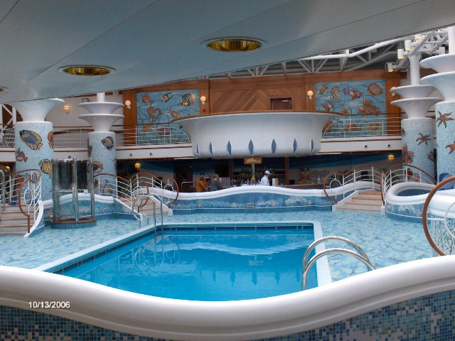 Cruise Ship Pictures of the Sapphire Princess  Review of