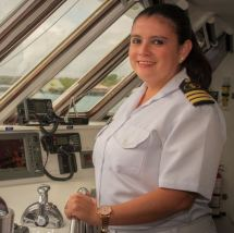 Celebrity Cruises Appoints Female Captain In