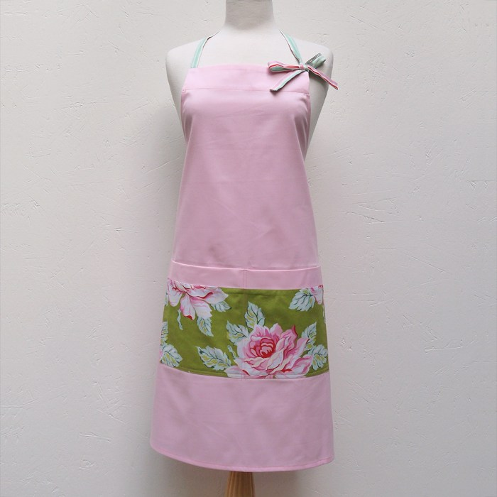 Audrey Apron :: Pink Roses
