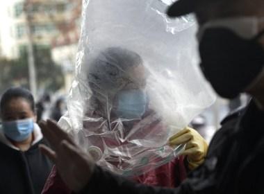 Les cas de virus en Chine augmentent à nouveau, 65 de plus à bord d'un navire au Japon