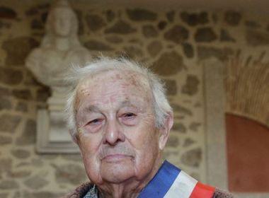 A 100 ans, le plus vieil élu de France ne se représente pas aux municipales