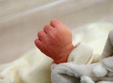 """Le bébé prématuré enlevé retrouvé """"en parfaite santé"""", sa mère en garde à vue"""