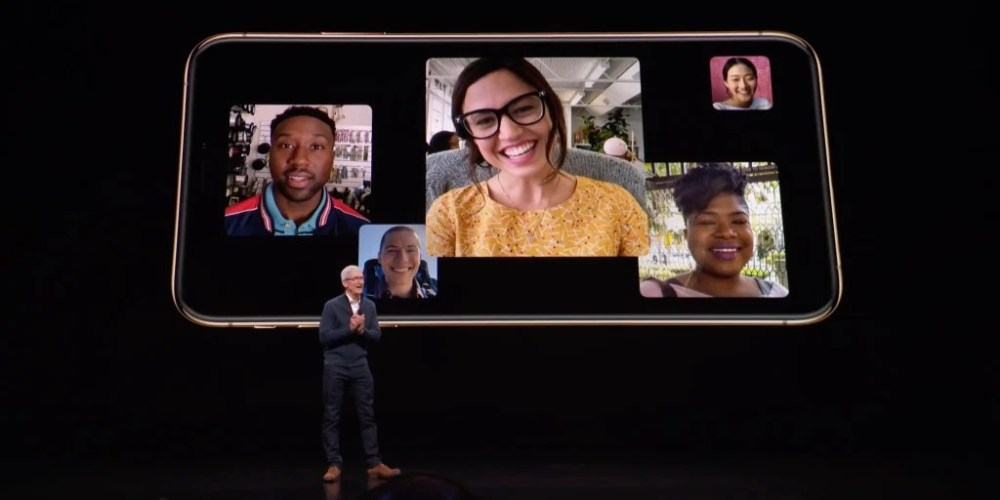 Tim-Cook-Group-FaceTime-iPhone-X