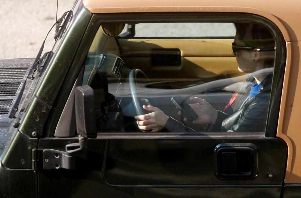 les conducteurs qui utilisent un téléphone cellulaire
