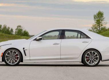 10 voitures de luxe de taille moyenne que vous pouvez utiliser pour moins de 25 000 $