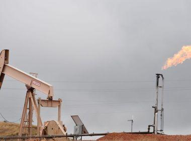 L'industrie pétrolière évite la douleur dans le plan fiscal des démocrates de la Chambre, mais le tabac et le vapotage sont touchés