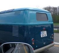 VW Barndoor Bus