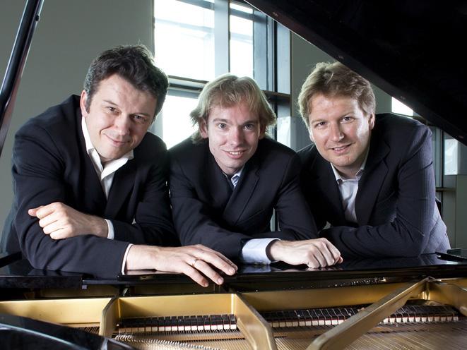 2009 Trio Jeroen Bal (foto Harmen de Jong).