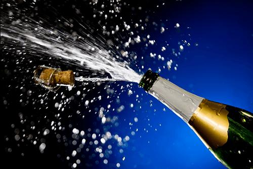 Bildergebnis für sparkling wine splash