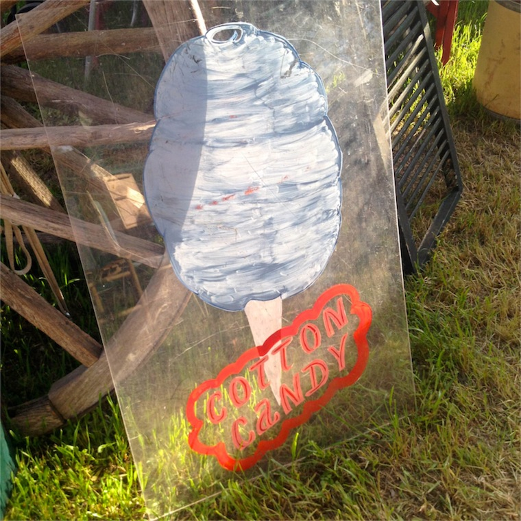 R&W Cotton Candy Sign