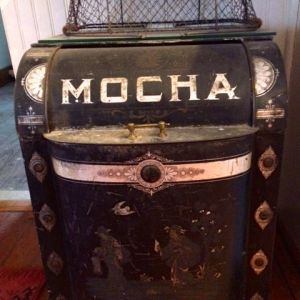 Round Top Travel Mocha
