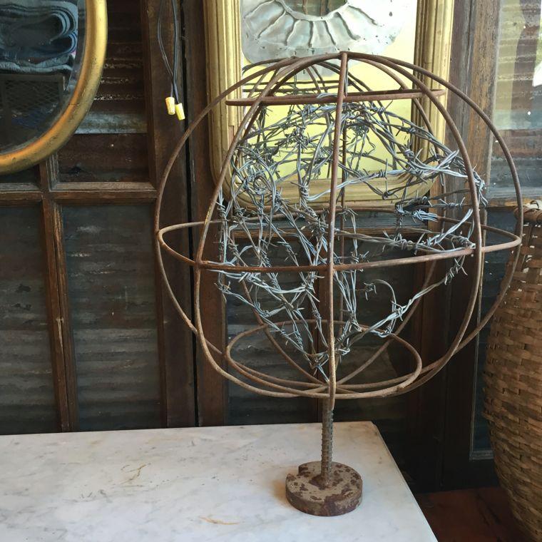 Barb Wire Globe