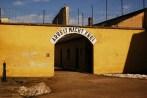 O infame Arbeit Macht Frei da prisão de Terezin