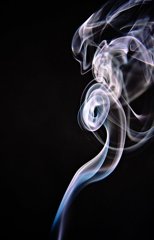 Smoke Trails 3 by Graeme Pattison