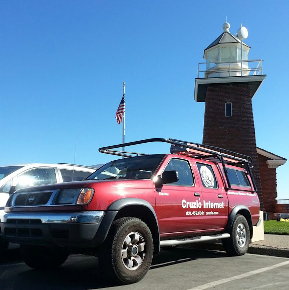Cruzio Truck at Lighthouse