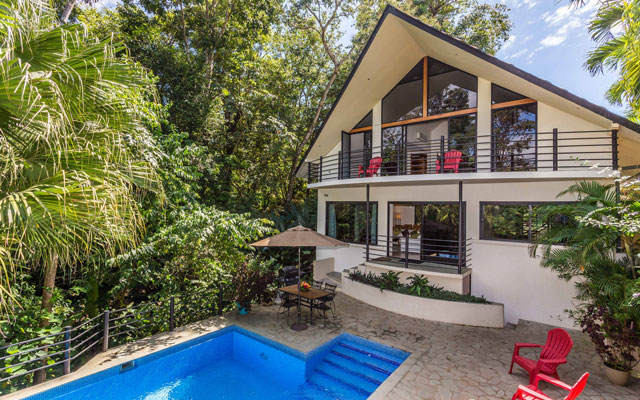 Casa Tipoha exterior with pool