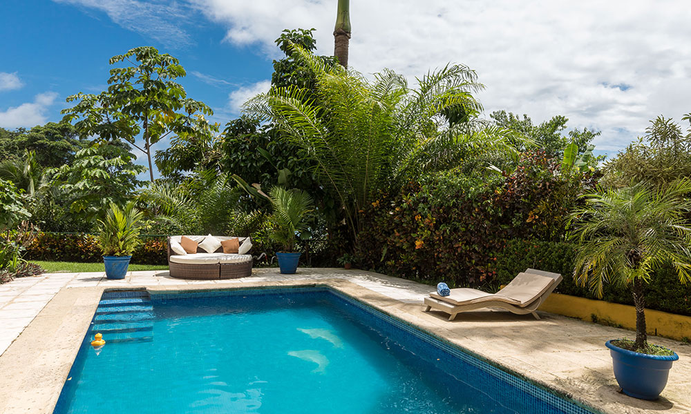 Villa del Sol pool