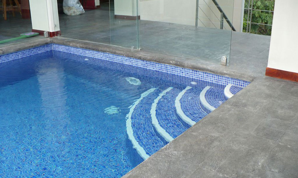 Casa de los Suspiros pool