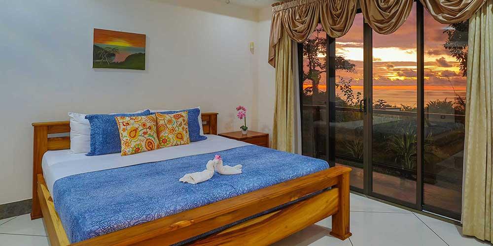 Casa Wyrica bedroom sunset