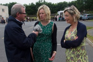 Declan Gibbons speaks to School Principal, Mairéad ni Fhloinn