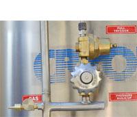 Inline regulator for cryogenic storage