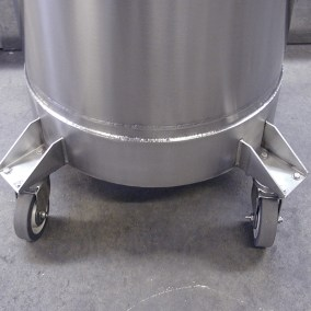 castor-mounted cryogenic tank