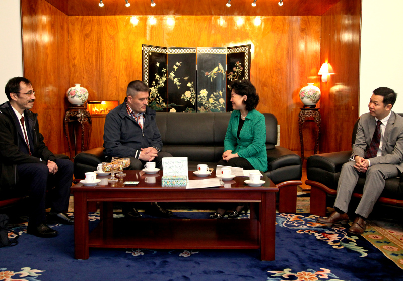 Greenland's Prime Minister, Kim Kielsen, meets with China's Ambassador to Denmark, Deng Ying, in October 2017 in Copenhagen.