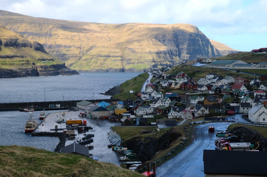 A road in the Faroe Islands winds down to the town of Eiði, whose name means isthmus in Faroese.