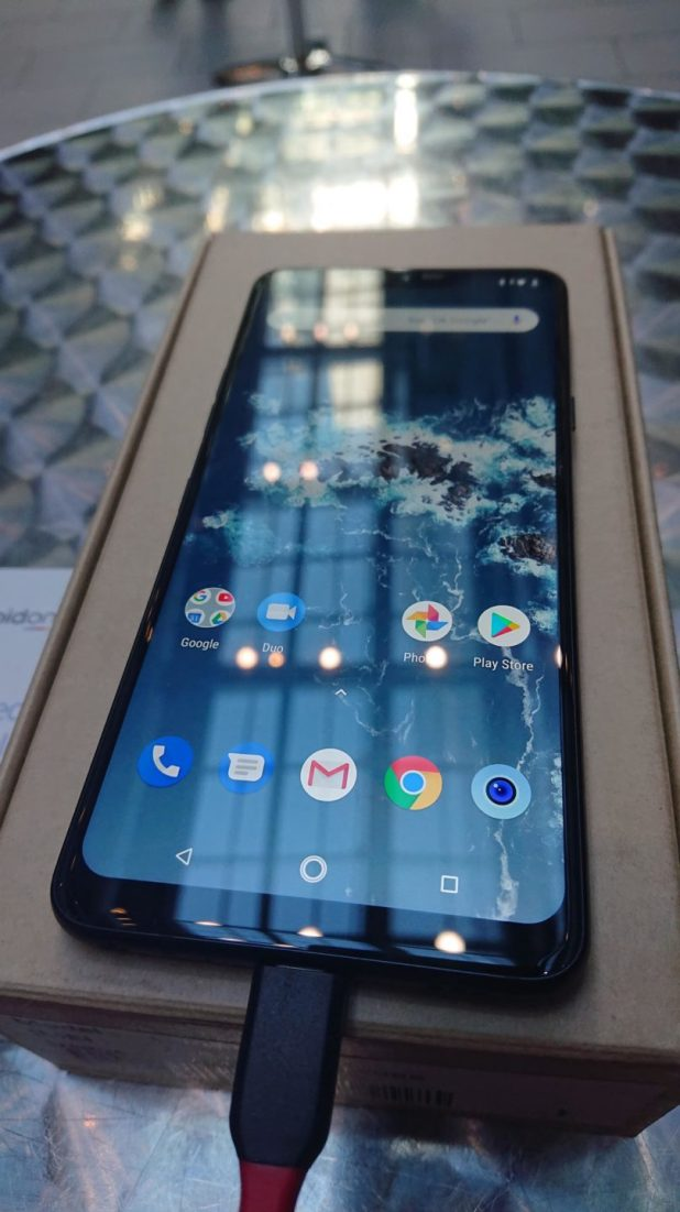 Pre-Production LG G7 One: Review
