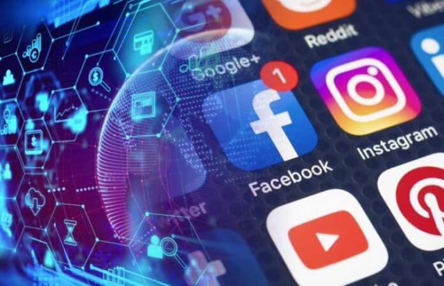كيف تتطلّع شبكات التوافق اللامركزية في البلوكشين إلى تعطيل وسائل التواصل الاجتماعي الحالية