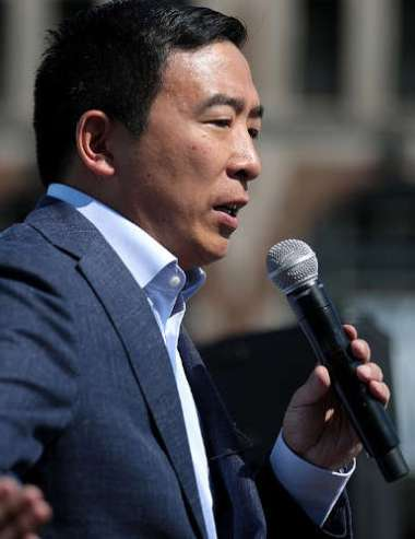 Candidate President Andrew Yang Vows for Uniform Crypto Regulation