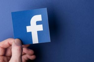 Facebook Restores Coinbase Cryptocurrency Ads