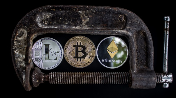 why cryptocurrency should not be regulated