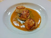 Scallops with Sauce Americaine