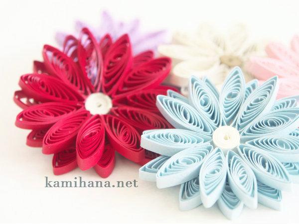 【ペーパークイリング】透け感がきれいな二重花びらの花