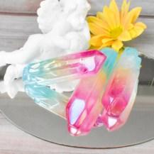 Blå och rosa aurakvarts kristall