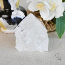 Råslipad spets bergkristall 2