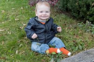Crochet baby sock pattern