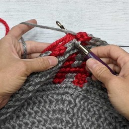 Crochet Color Behind 7