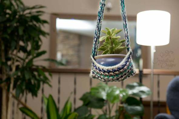 Plant Hanger Free Crochet Pattern by Crystalized Designs