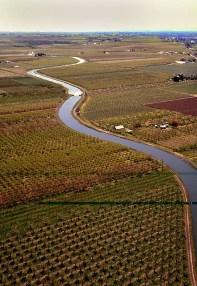 farm_river