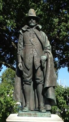 William Bradford statue