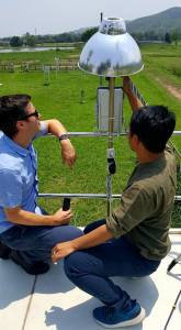 Mostafanezhad team examines tech in the field
