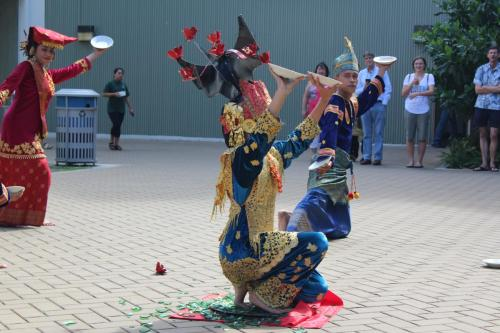 West Sumata performers