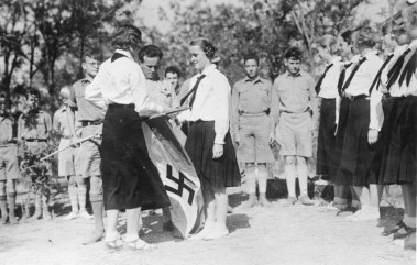 Hitler Youth and League of German Girls in Tientsin - online sources