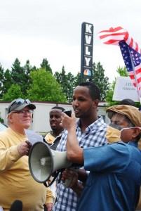 Hukun Abdullahi welcoming the protestors