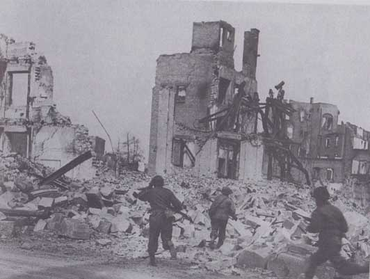 Neiboring city of Heilbronn after Allied bombing and during invasion of US troops